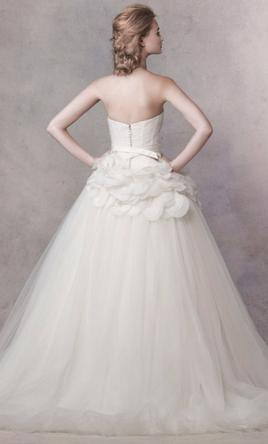 used vera wang strapless wedding gown with satin corset