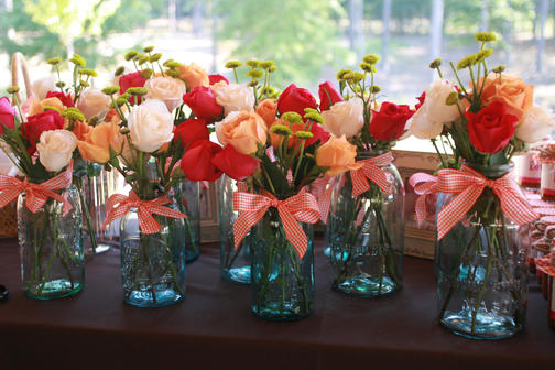 flowers-in-jars-2acb8937-1
