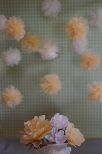 diy-wedding-pom-poms1