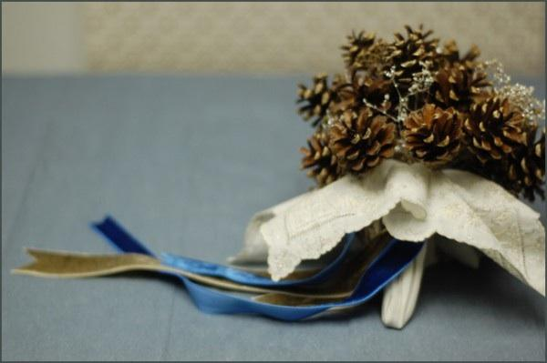 DIY Pinecone Wedding Bouquet