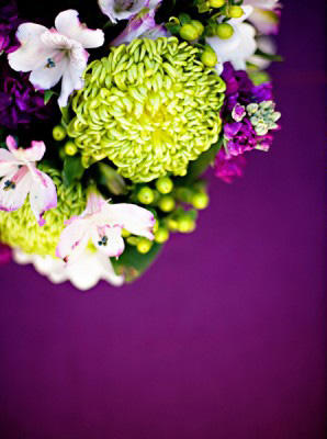 purple-and-green-wedding-flowers1