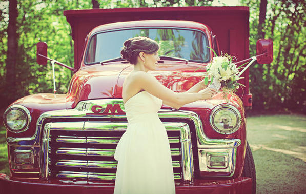 red-wedding-dump-truck