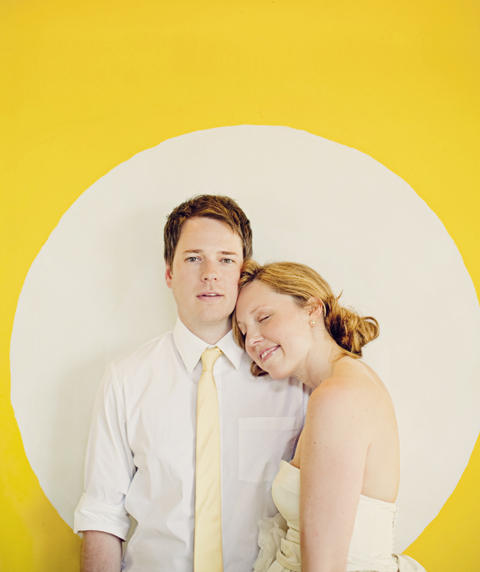 yellow-and-white-wedding-ideas