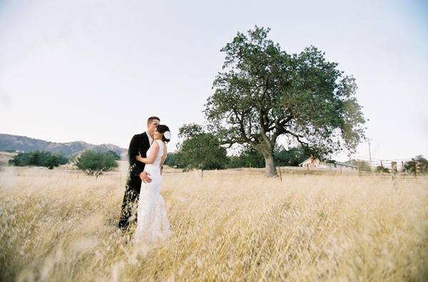 field-wedding-ideas