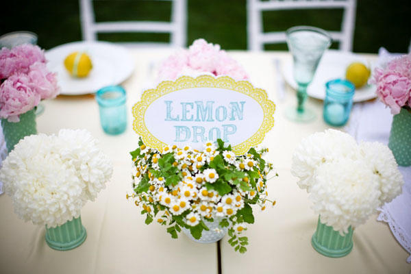 yellow-and-blue-wedding-ideas