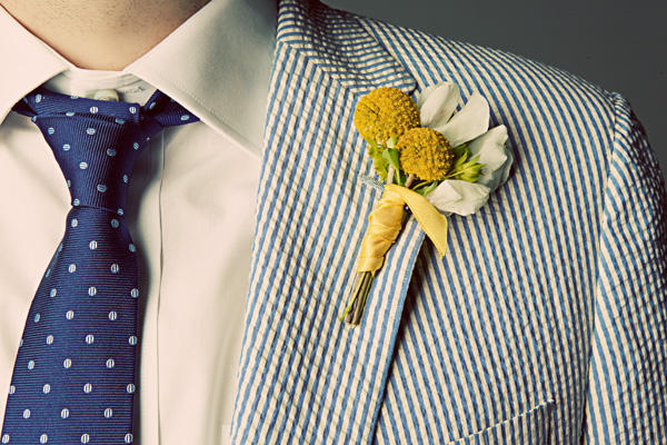 yellow-wedding-boutonnieres