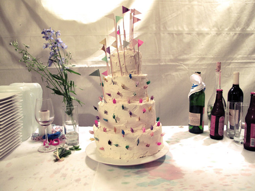 fun-wedding-cakes