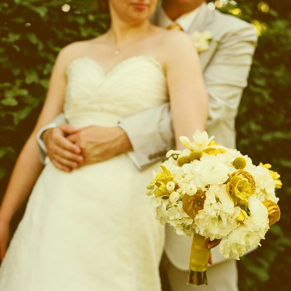 yellow-wedding-bouquet-ideas