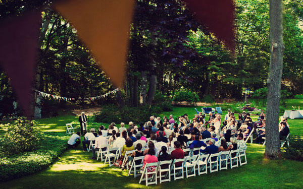backyard-wedding-ceremony-ideas
