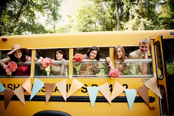 schoolbus-wedding-ideas