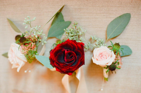 red-wedding-boutonniere-ideas