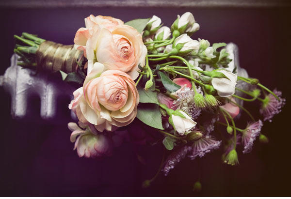 diy-ranunculus-bouquet06-2-1