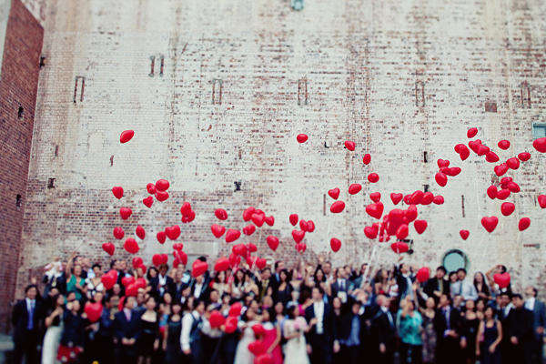 red heart wedding balloon ideas