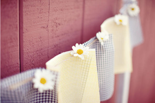 gingham wedding decorations