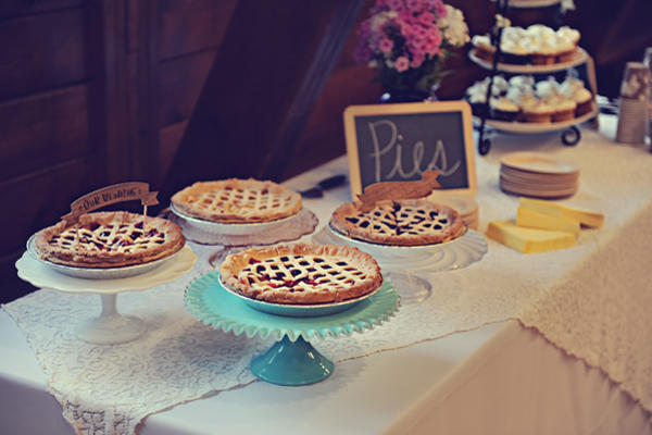 wedding pie buffet
