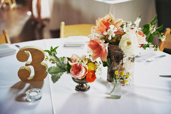 orange-pink-wedding-centerpieces