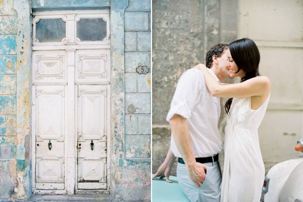 Cuba Couple Door Light Blue