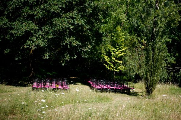 Hot Pink Black Ceremony Decor