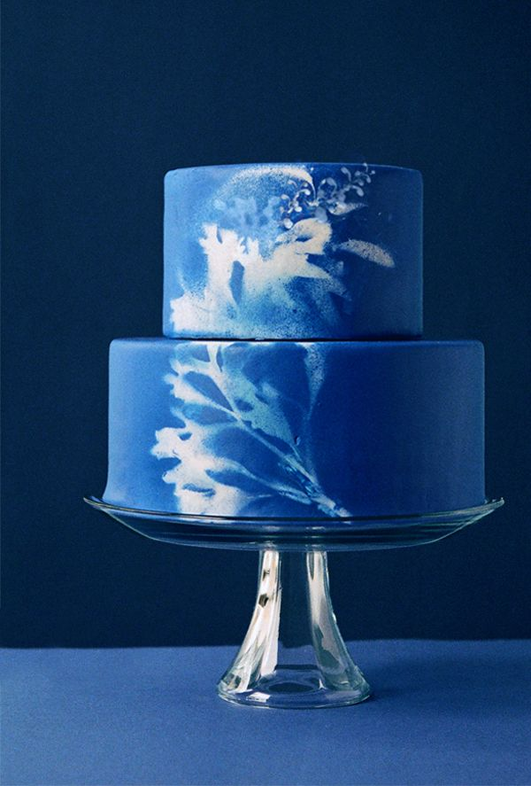 blue cake on once wed