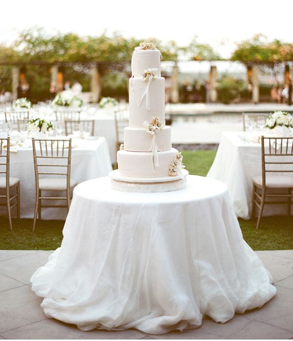 White Comtemporary Wedding Cake