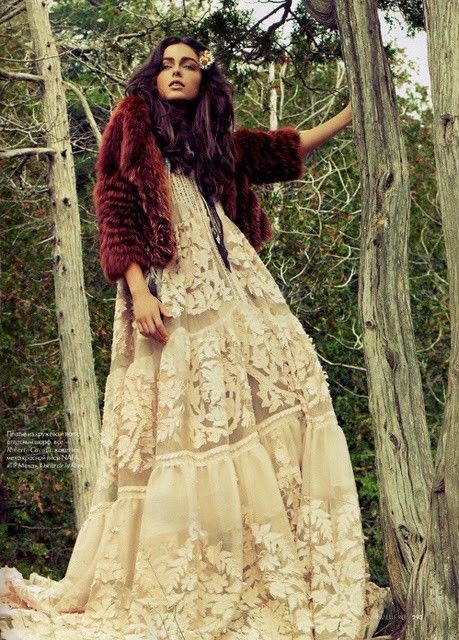 INSPIRATION: Woodsy Wedding Dress