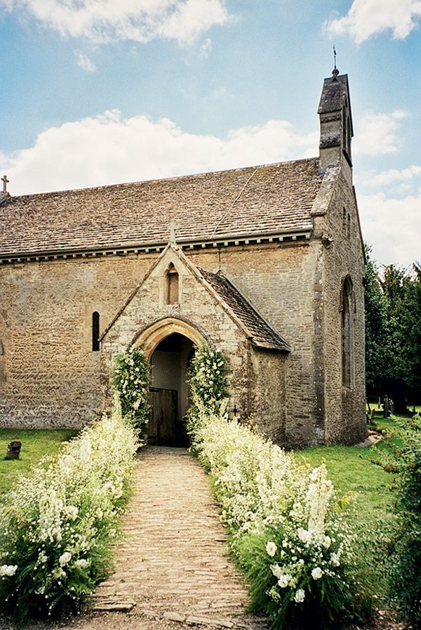 Cottswold Chaple Kate Moss Wedding