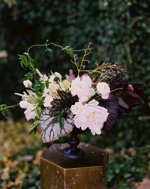 Classic Purple Wedding Centerpiece Ideas