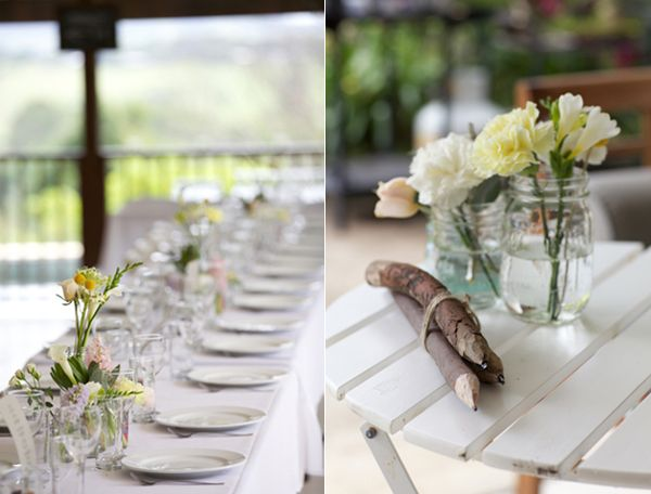 white-centerpiece-flower-ideas