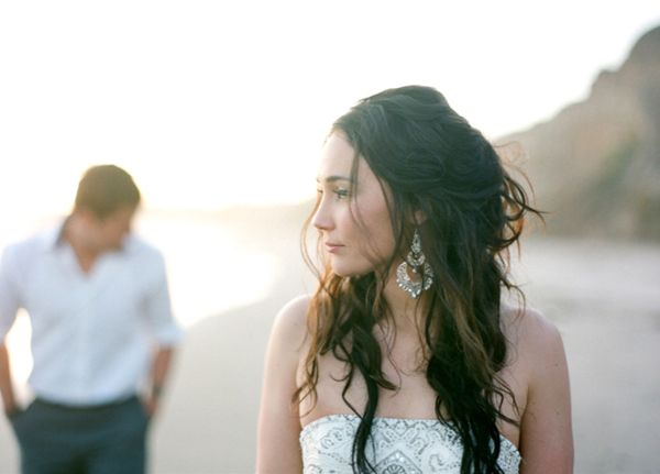 bride-profile-beach-sparkly
