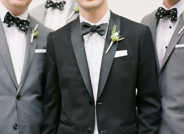 groom-groomsmen-black-tux-grey-suits