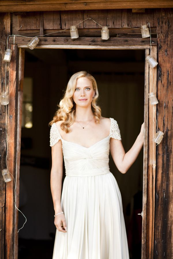 jewel-wedding-dress