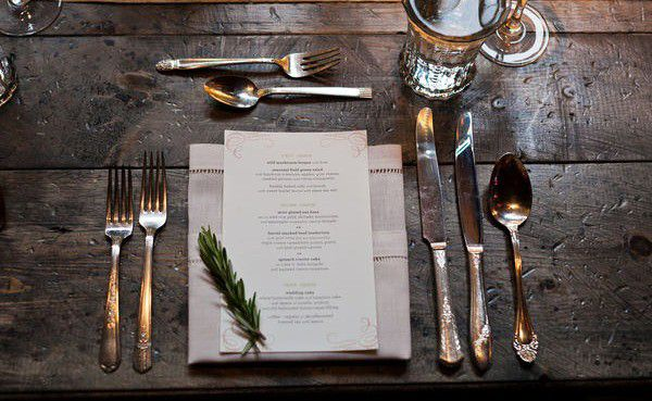 Simple Garnish Place Setting Ideas