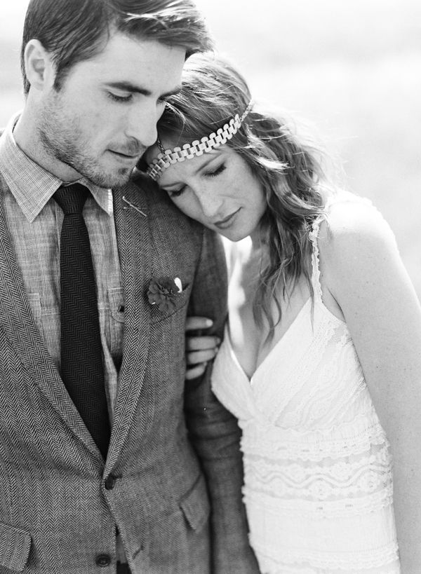 sweet-unique-wedding-couple