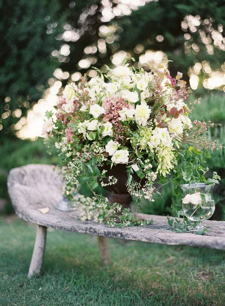 peach-wedding-reception-table-ideas