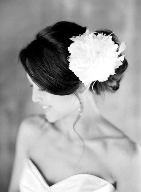 bridal-accessories-bouquet-backdrop