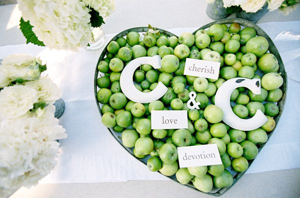 heart-escort-cards-wedding
