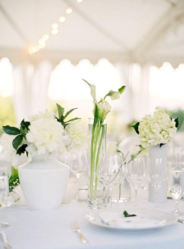 Napa wedding table centerpiece white flowers 1 once wed for Floral table decorations for weddings