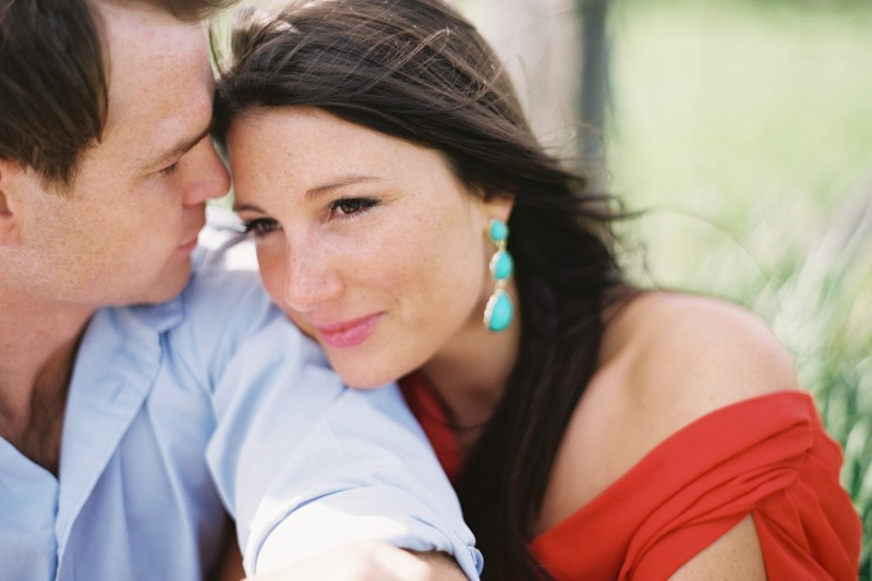 Engagement Photo Coral Torquois Tennessee Fields