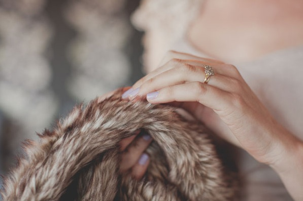new-zealand-wedding-fur-cover-up-accessories-gold-ring1