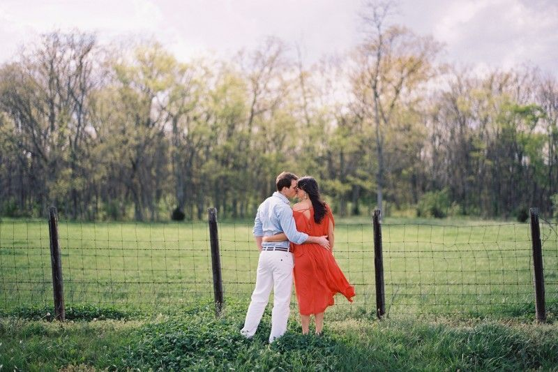 Tennessee Engagement Photos Wire Fence Open Field Coral Dress
