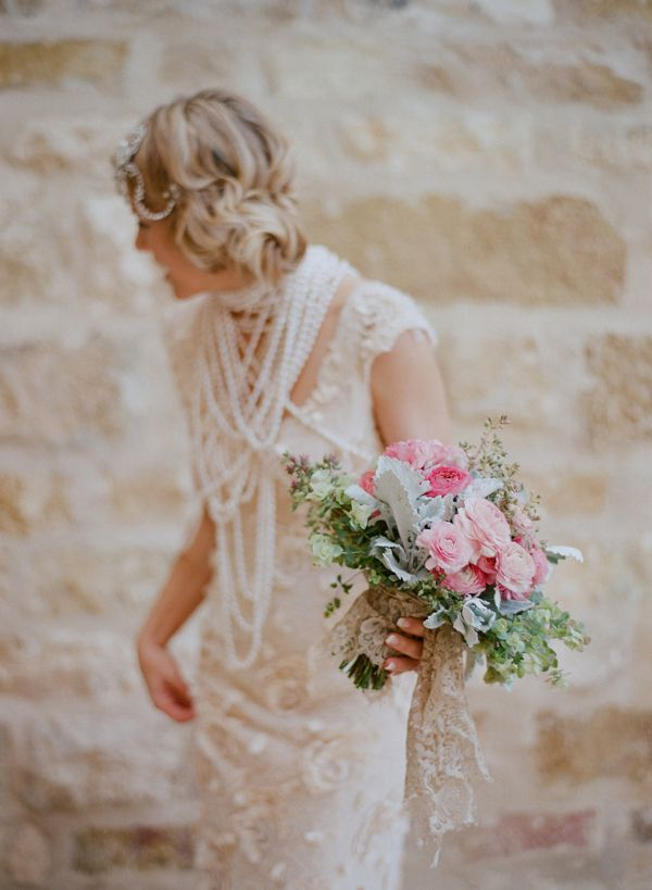 Elopement With A Carefree Spirit Bouquet Accessories Vera Wang Dress