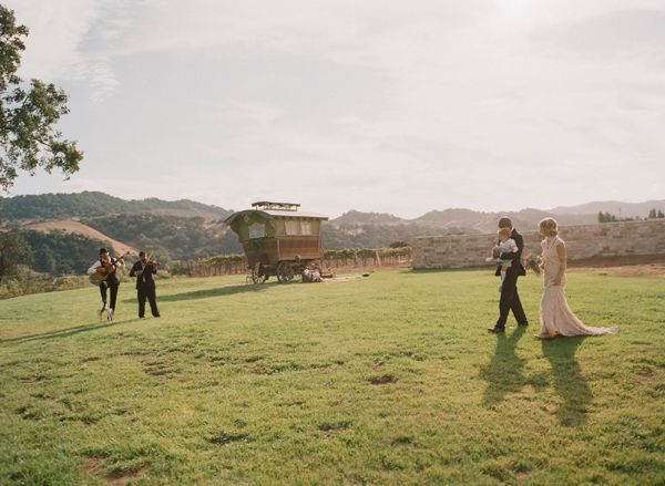 Elopement With A Gypsy Soul Sunstone Vineyard Bride Groom Ceremony Musicans California