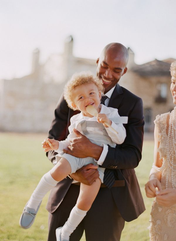 elopement-with-a-carefree-spirit-groom-style-ringbearer-ceremony
