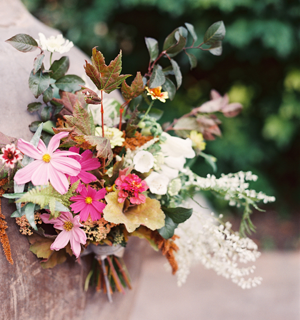 colorful-fall-wedding-bouquet
