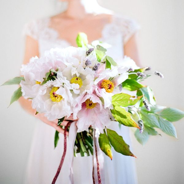 Peony Inspired Wedding Ideas: How To Make A Peony Bouquet