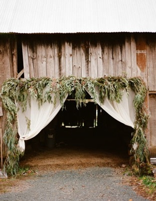 barn entrance wedding