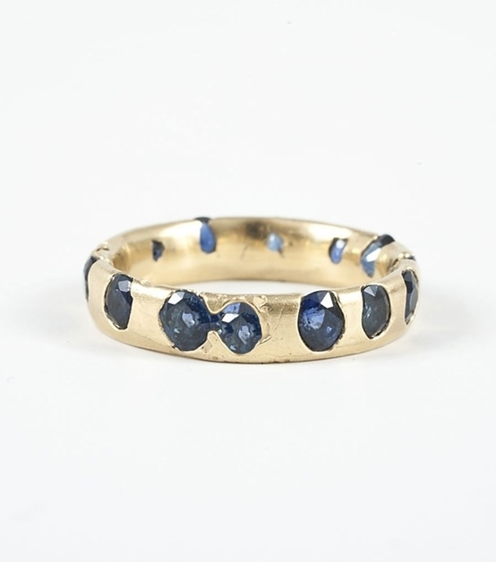blue studded gold ring