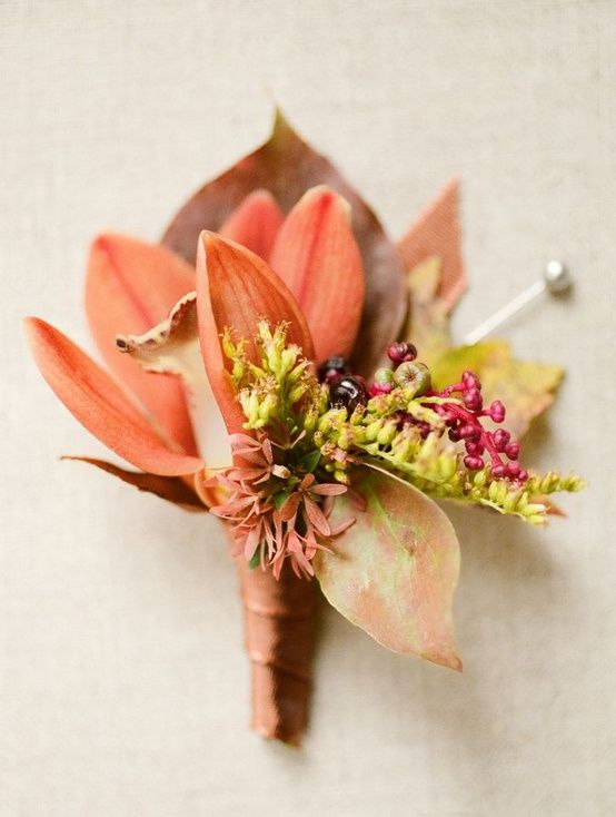 boutonniere pink green