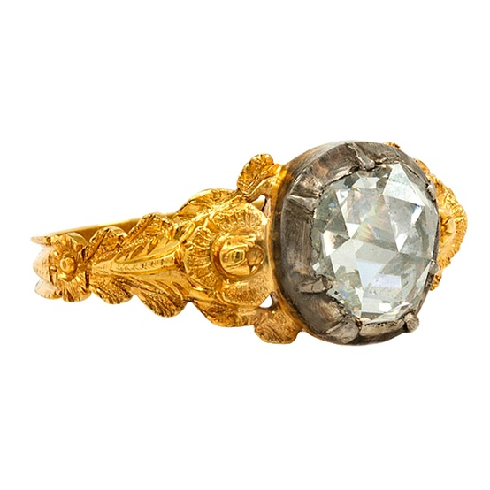 bright gold antique ring
