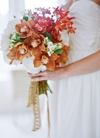 brown red natural bouquet